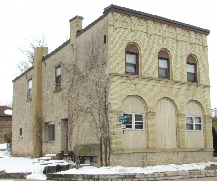 Historic building in Cross Plains