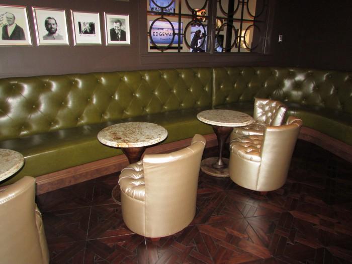 Edgewater Lounge room