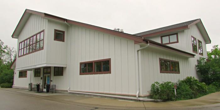 Lunt-Fontanne Program Center Building at Ten Chimneys