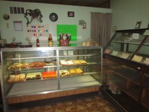 Wonewoc Bakery inside