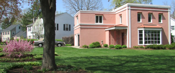 Maple Bluff pink house