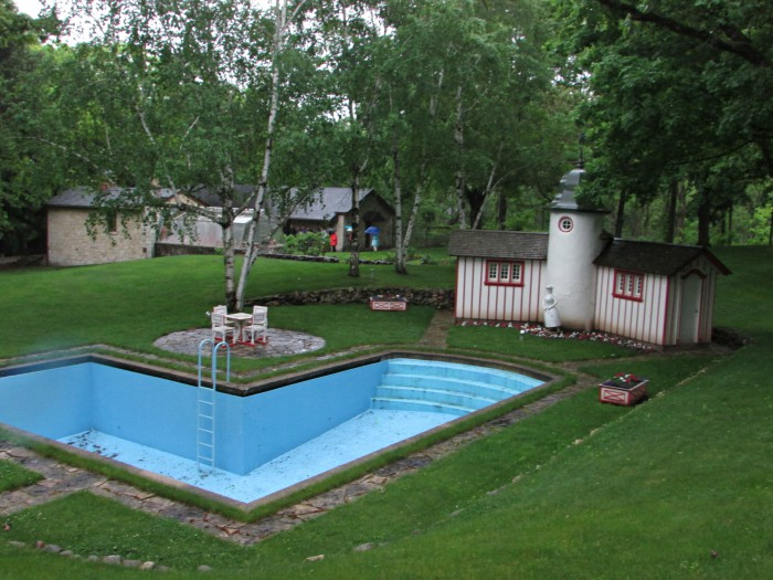Pool and Pool House at Ten Chimneys