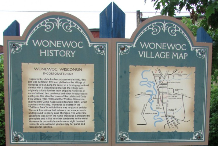 Wonewoc History and Map sign