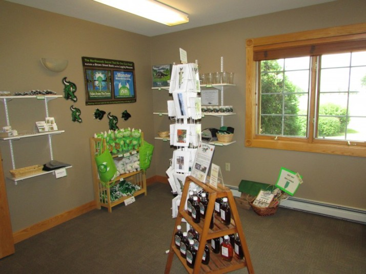 Rhinelander Chamber of Commerce Gift Shop