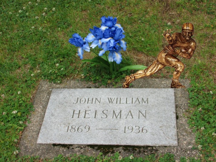 John Heissman grave and trophy in Rhinelander