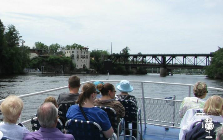 Returning to dock Upper Dells WM