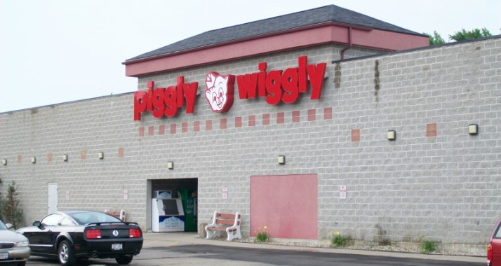 Piggly Wiggly Grocery Store in Lodi