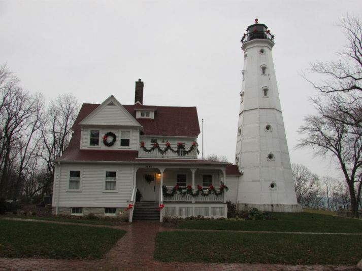 12-15-12 Milwaukee Northport Lighthouse