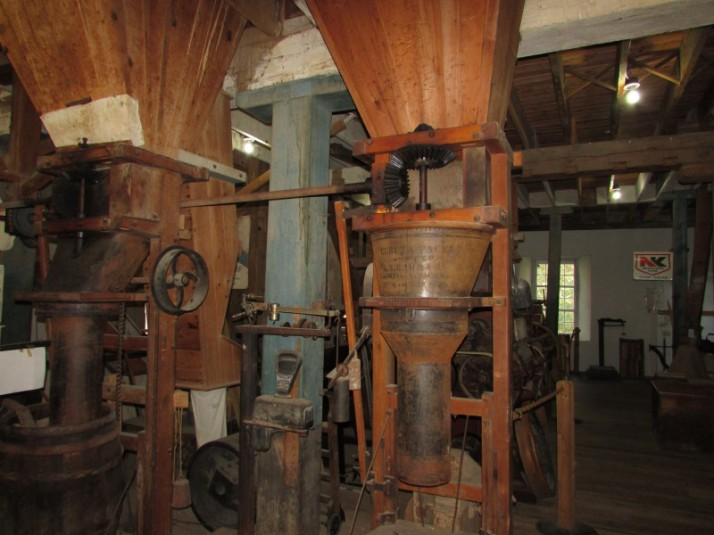 Main floor of Pickwick Mill
