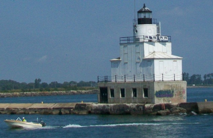 Manitowoc North Breakwater Lighthouse 8-29-12