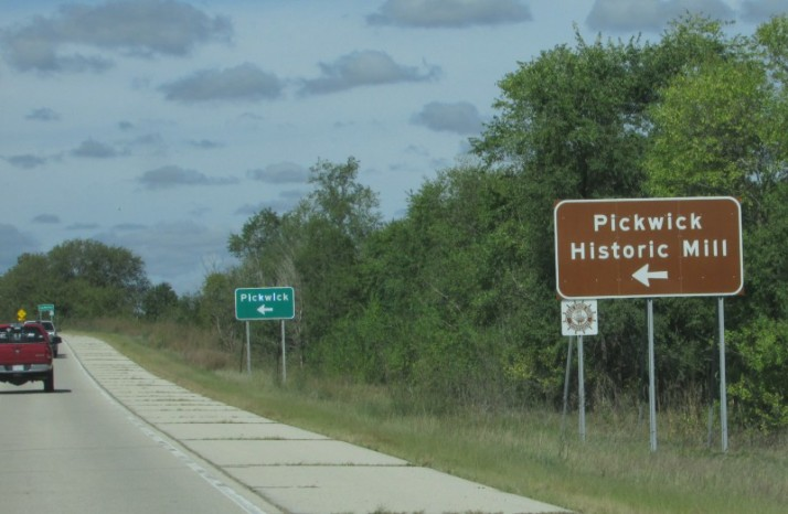 Pickwick Historic Mill sign