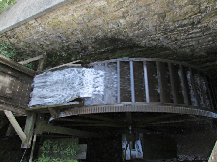 Pickwick Mill water wheel