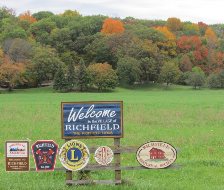 Richfield Sign and Fall Colors