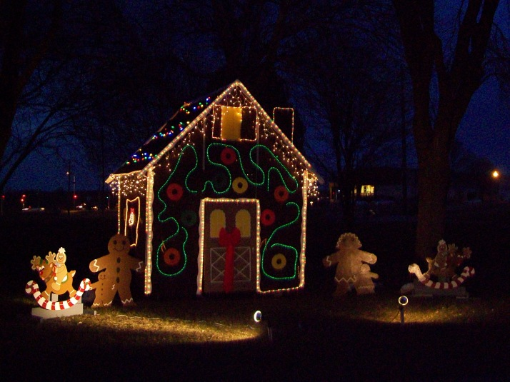 Gingerbread House at Waunakee Rotary Lights