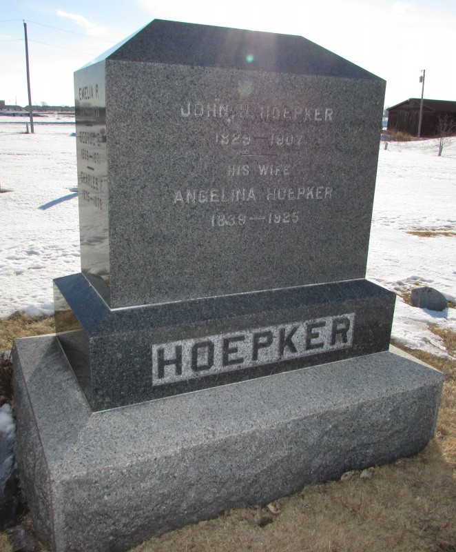 Hoepker Monument at Burke Cemetery