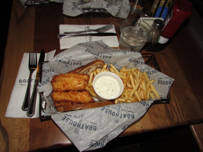 Fish Fry at Boathouse at Edgewater