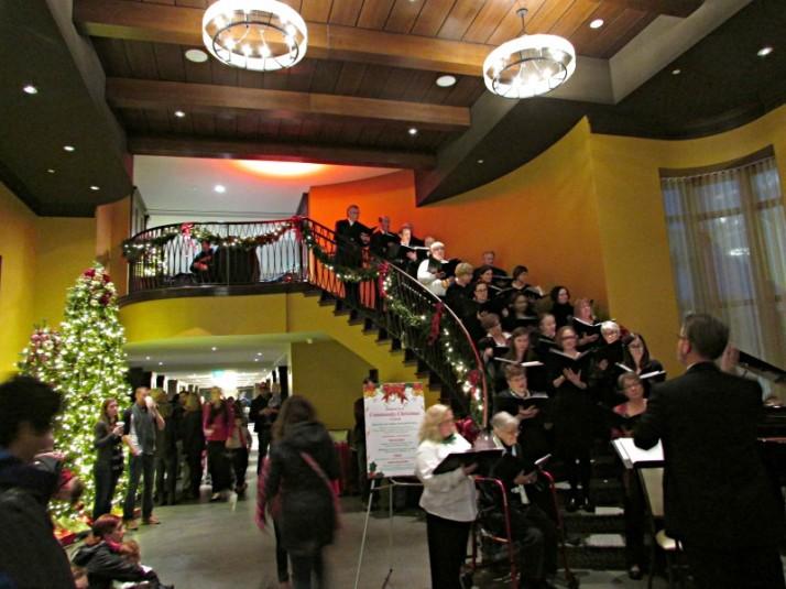 Stairway Choir at Edgewater 7993