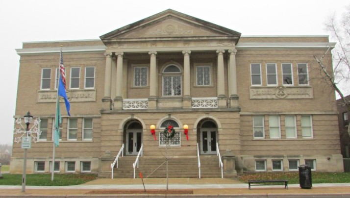 Former Carnegie Library in Janesville IMG_9088