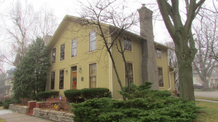 John PetersHouse in Janesville