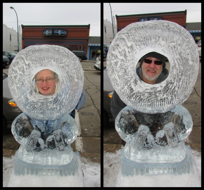 Eskimo Ice Carving selfie