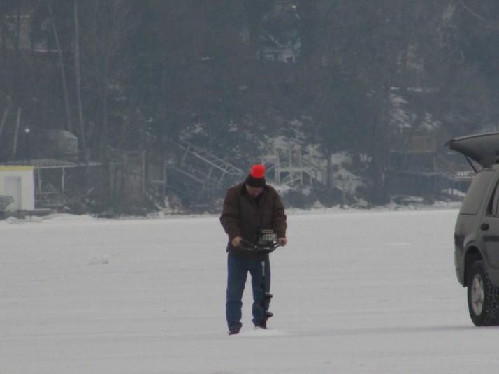Ice Fisherman IMG_1712