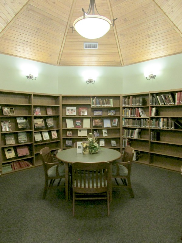 Hoard Museum library