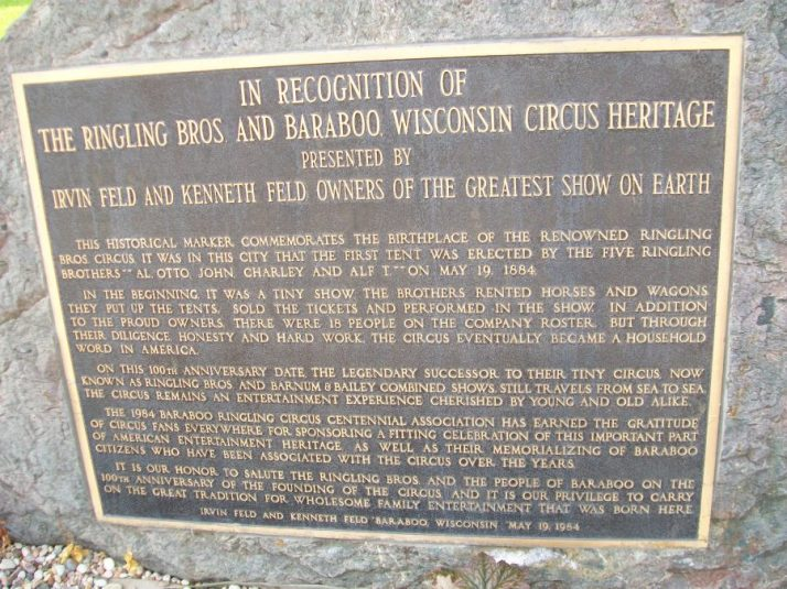 Circus Plaque outside of courthouse in Baraboo
