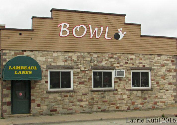 lambeau-lanes-bowling-at-redgranite-wm
