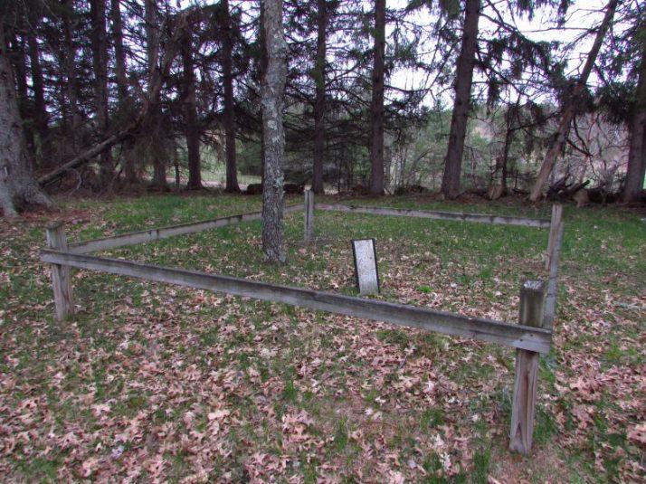 Wild Rose 1905 Bank robber gravesite