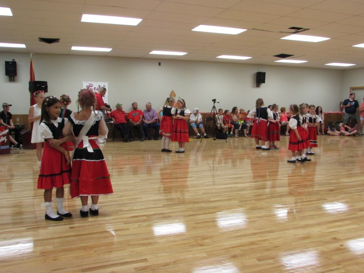 Domaci Dancers of Hillsboro