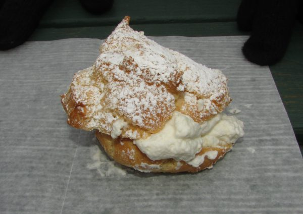 Wonewoc Bakery Cream Puff