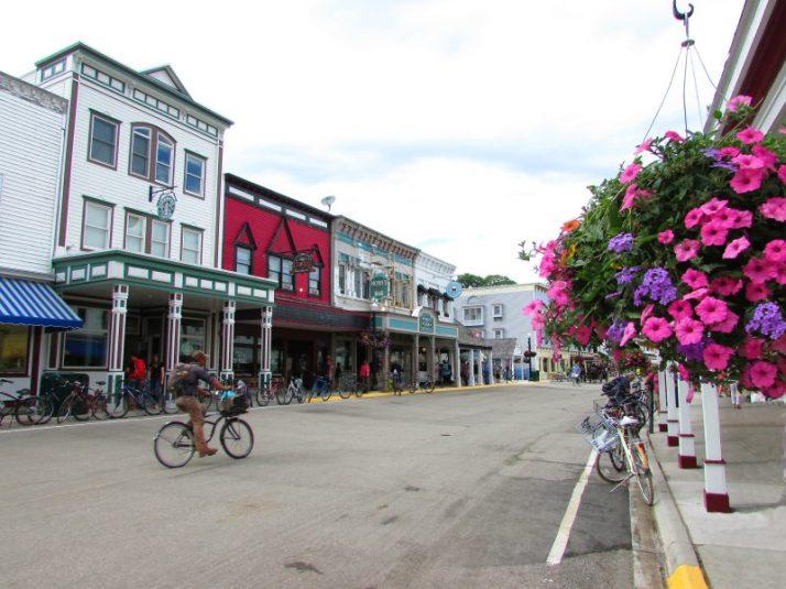 Main Street Flower basket
