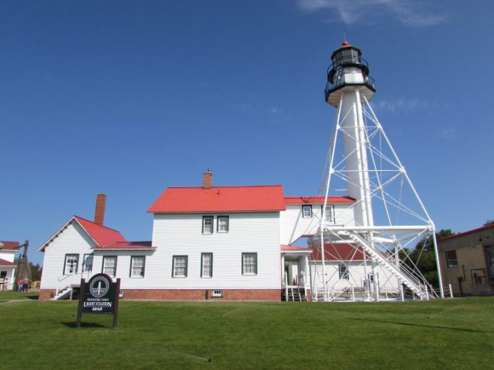 Great Lakes Shipwreck Museum lighthouse