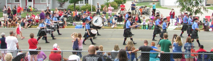 Madison Pipes and Drums in DeForest parade