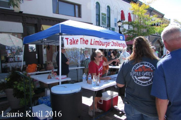 limburger-challenge-at-cheese-days-wm-img_8092