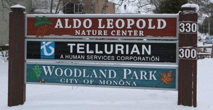 aldo-leopold-nature-center-sign