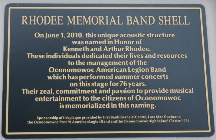 rhodee-memorial-bandshell