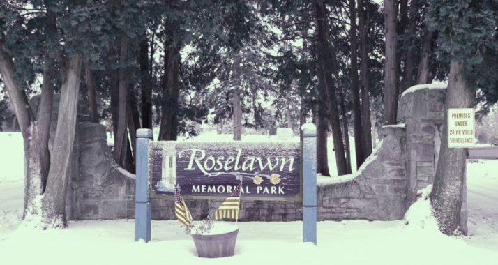 roselawn-memorial-park-sign